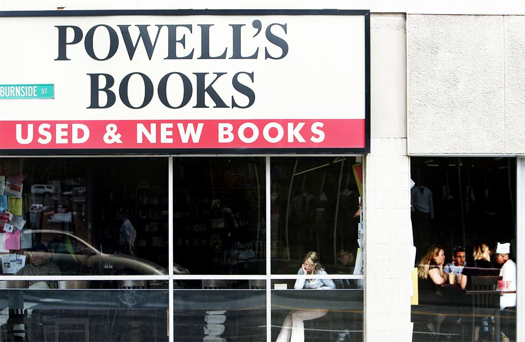 powell's books exterior_328984