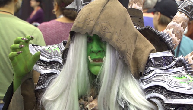 comic-con-green-lady_346332
