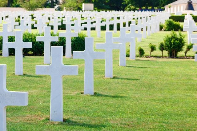 generic military cemetery 04202019 pdp_1555780973449.jpg.jpg
