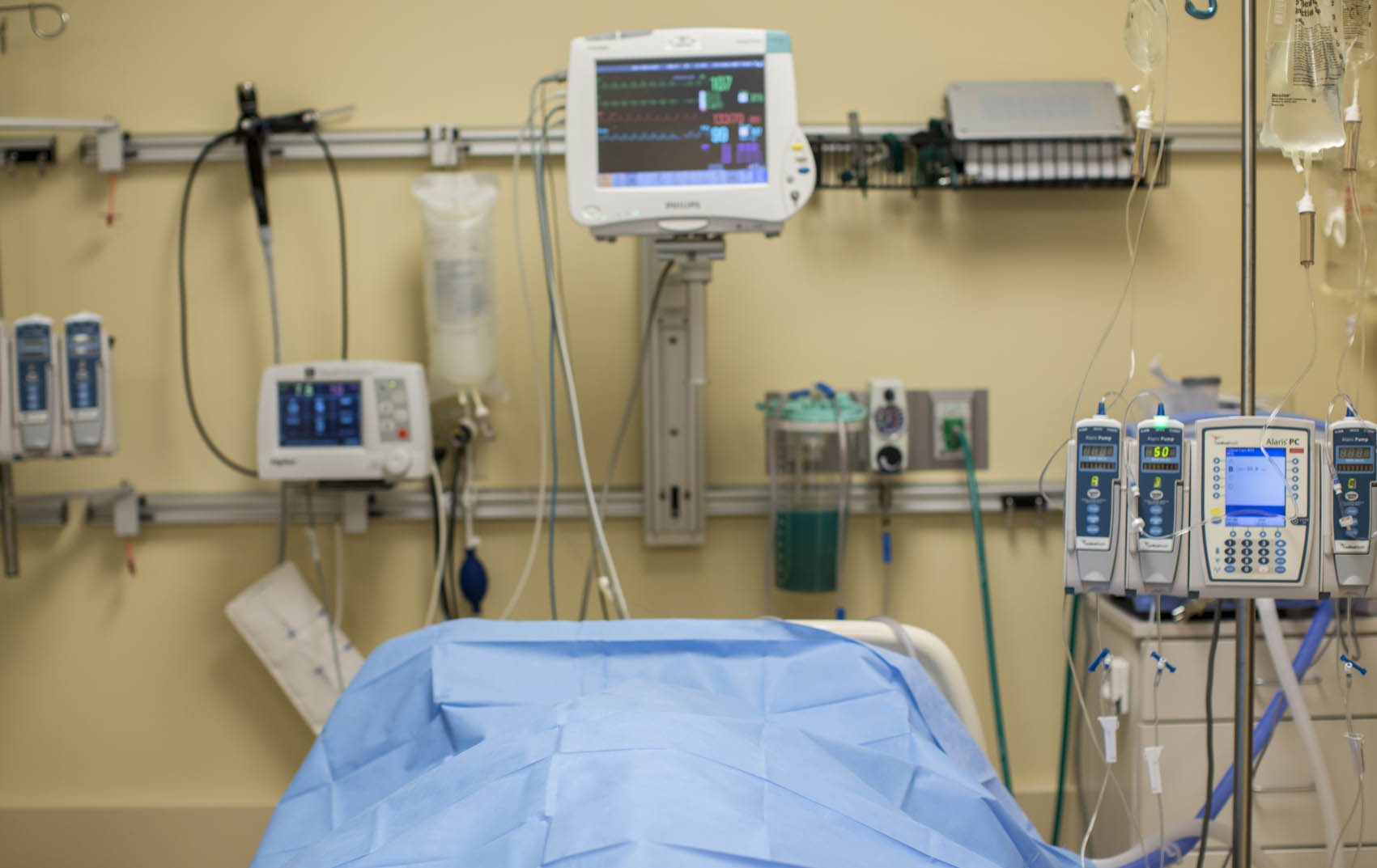 Generic Hospital Room_222157