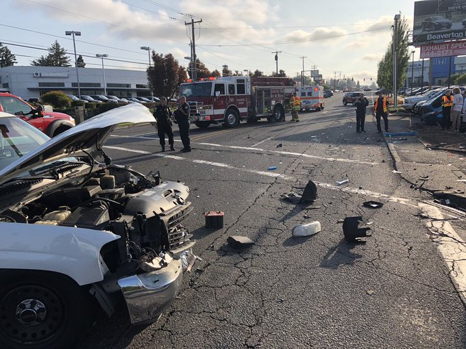 Injury in Beaverton crash, SW Canyon Road now open | KOIN com