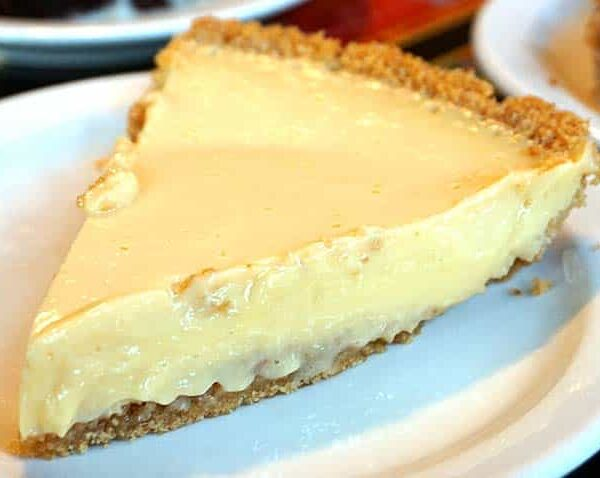kojaks-house-of-ribs-bbq-desserts-key-lime-pie-001