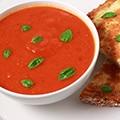 Classic tomatensoep met kaasbrood