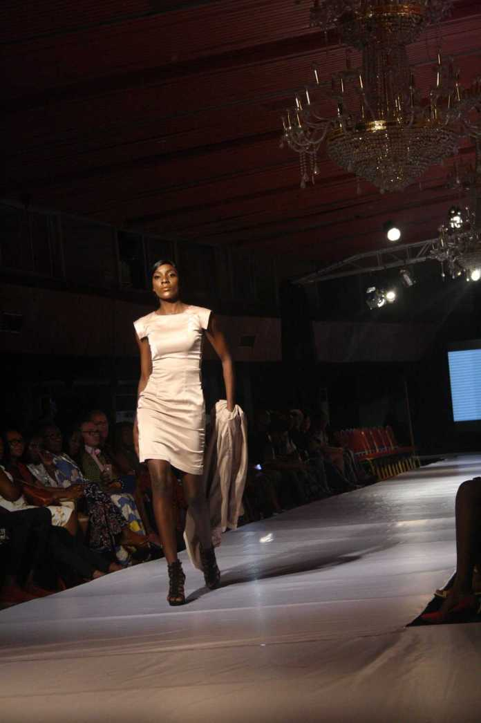 AFWN 2017: Dresses By Aloli Comes Up With Satiny Delights 4