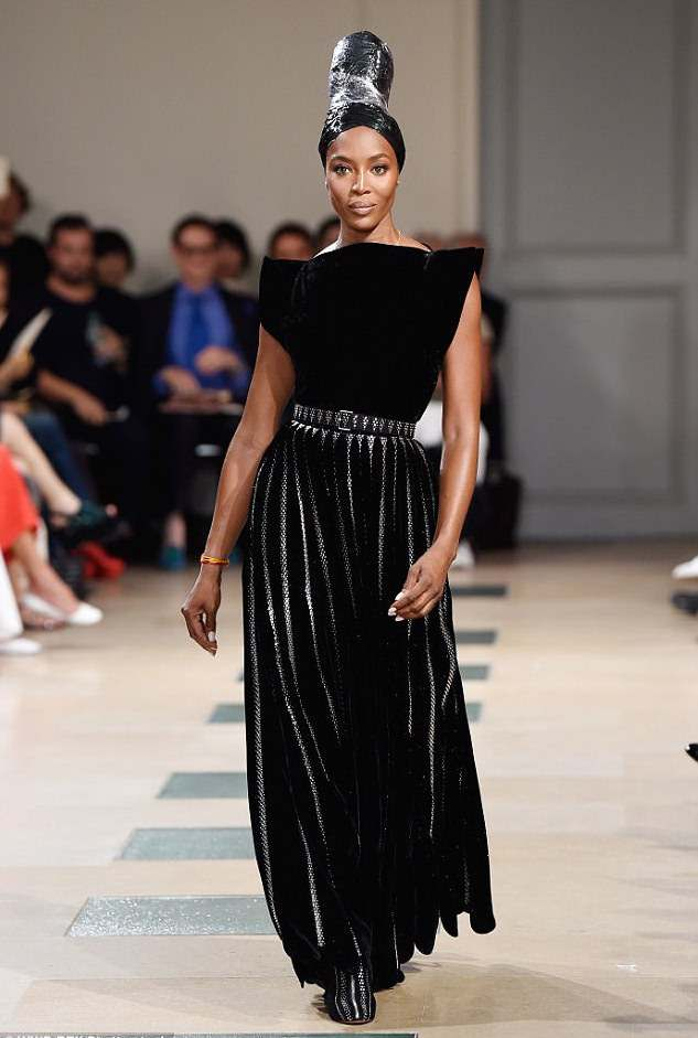 Queen Of The Catwalks: Supermodel Naomi Campbell Is Magnificent As She Walks For Azzedine Alaia's Couture Show 1