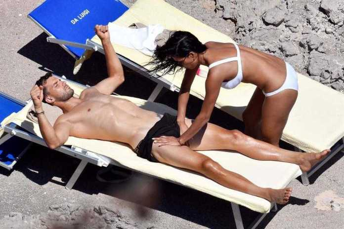 At One Stage Grigor 26 Appeared To Be Helping Her With Some Stretches And Was Pictured With His Hands On Her Shoulder And Waist While Nicole Stretched Out