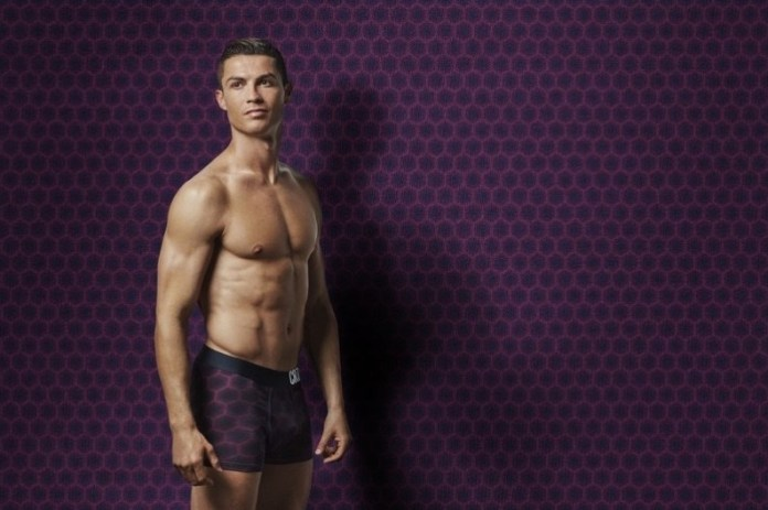 Cristiano Ronaldo Fronts His CR7 Underwear Autumn Winter 2017 Campaign. 5