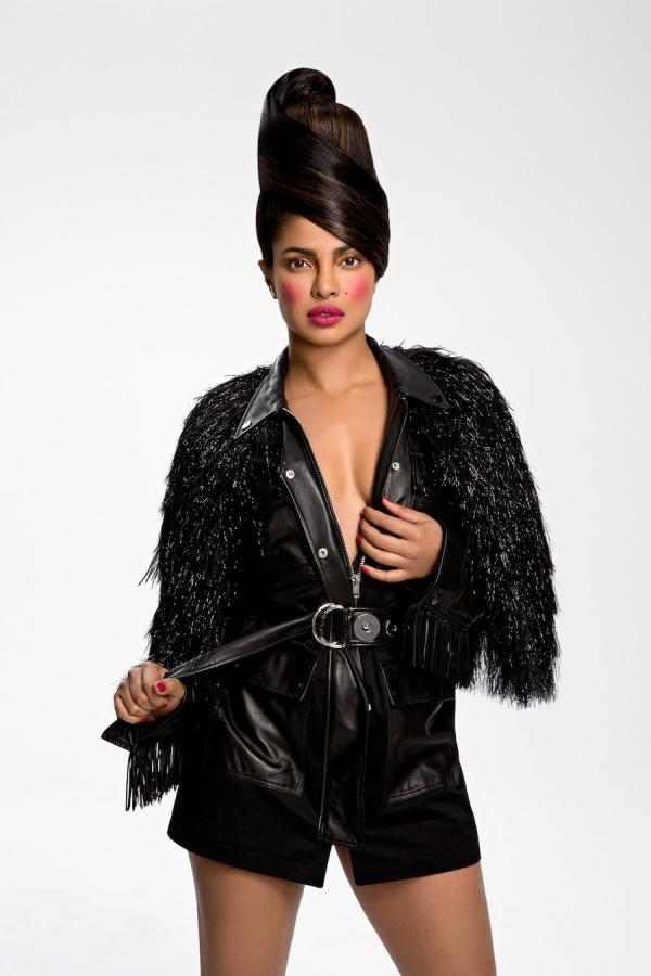 Priyanka Chopra Oozes Charisma As She Covers Paper Magazine's Latest Issue 4