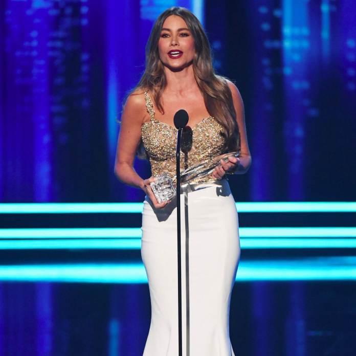 Modern Family Star, Sofia Vegara Named World Highest-Earning TV Actress For The 6th Time 2