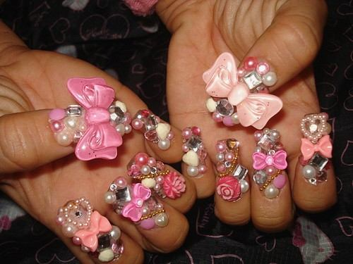 Beauty Guide: 5 Crazy Nail Art That Would Leave You Completely Amazed
