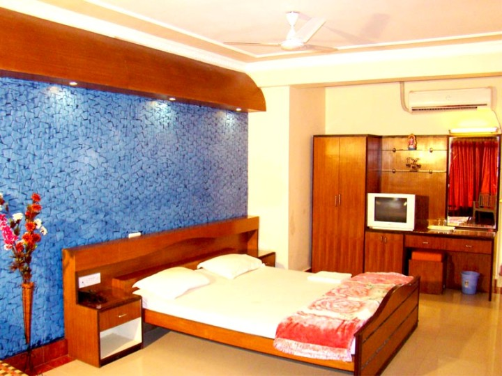 bed and sofa set road harley seat mandarmani hotel: sonar bangla কোলাহল kolahal travel guide