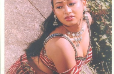 ketha-telugu-movie-hot-stills (13)