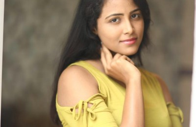 subiksha-latest-hot-stills (3)