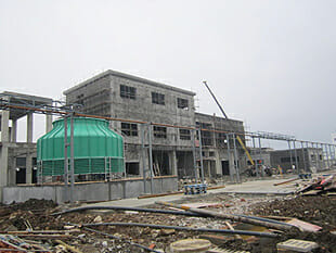 Factory two covers an area of 40 acres, in the construction of a large workshop is expected to be completed and put into operation in May 2013, when the total annual output of the plant will be more than fifty thousand tons