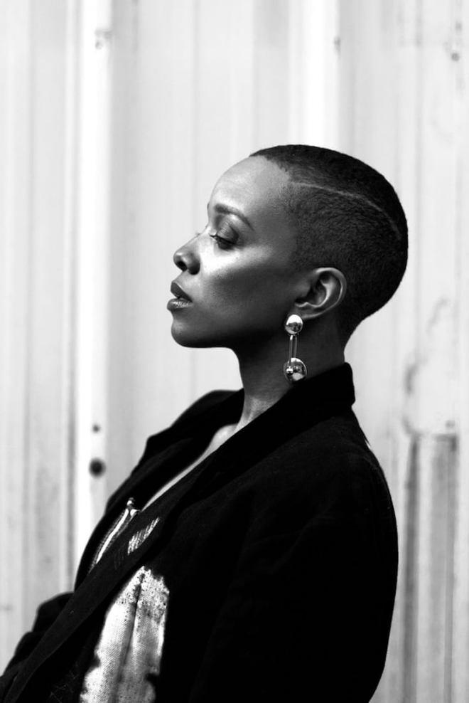 Jamila Woods, African American Music, Black Music, African American Entertainment, Black Entertainment, R&B Music, R&B, Soul Music, KOLUMN Magazine, KOLUMN, KINDR'D Magazine, KINDR'D, Willoughby Avenue, WRIIT, Wriit,