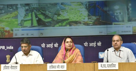 Harsimrat Kaur Badal, center, India's minister for food-processing industries, is rolling out plans to revolutionize the country's extremely wasteful approach to food production and distribution. (Press Information Bureau)