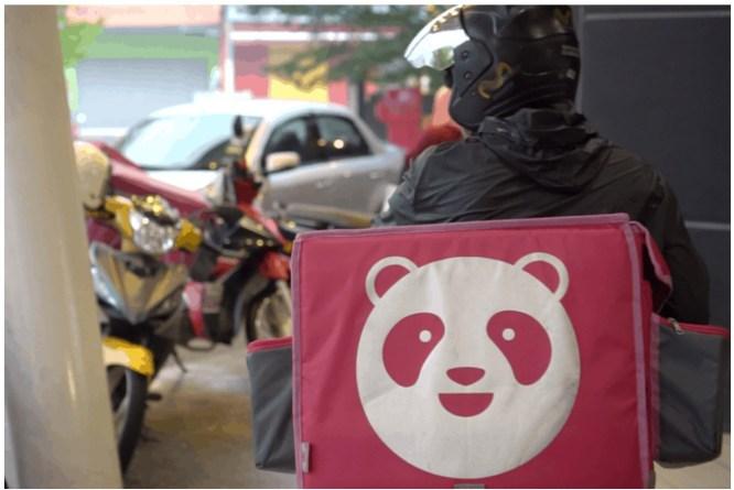 sajagempak.com -  Kakak Pizza Hut Marah Rider Foodpanda, Dah Cakap Baik-baik Dah