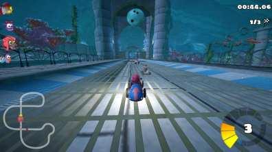 SuperTuxKart Gameplay - Aquarium Environment