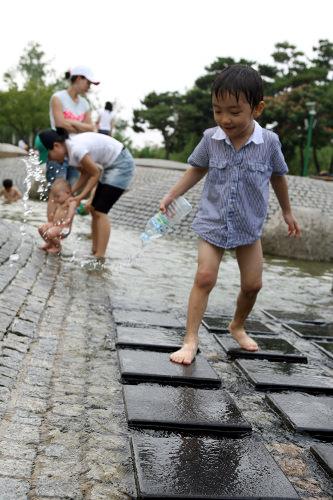 仙遊島公園|汝矣島・永登浦・麻浦(ソウル)の観光スポット ...