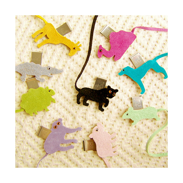 +d Animal bookmark