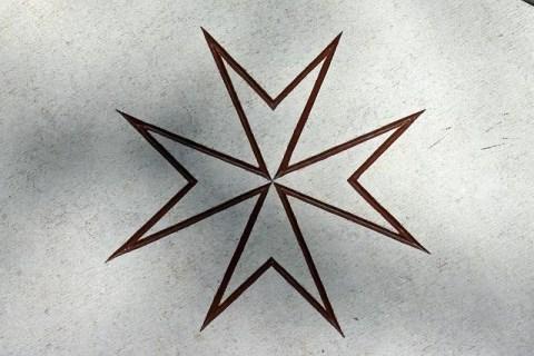 krzyz maltanski