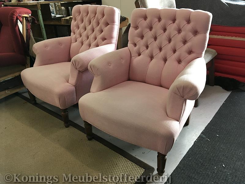 Diz Toscana fauteuils opnieuw bekleed  Konings