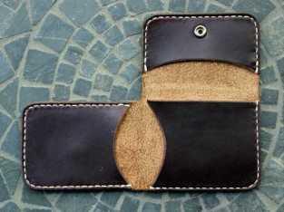 محفظة البطاقات الإلكترونية من الجلد