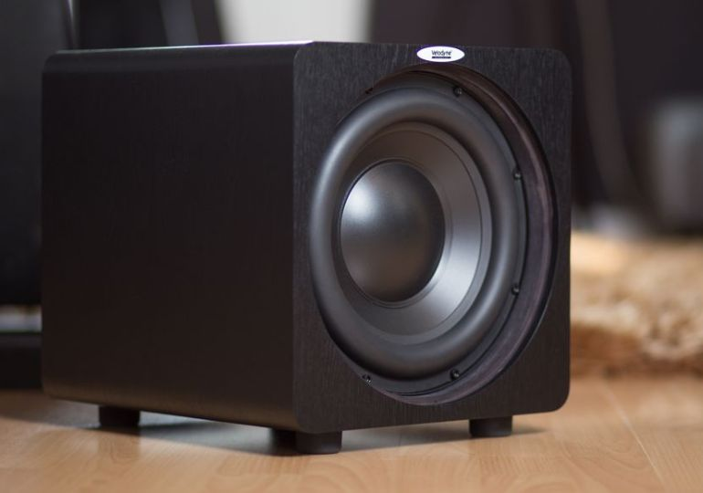 Velodyne Acoustics Subwoofer DB-8: kompakt und klangstark