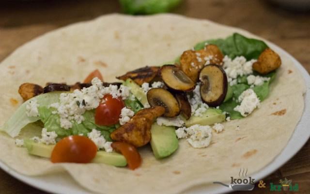 Wrap met kip, avocado en Griekse kaas