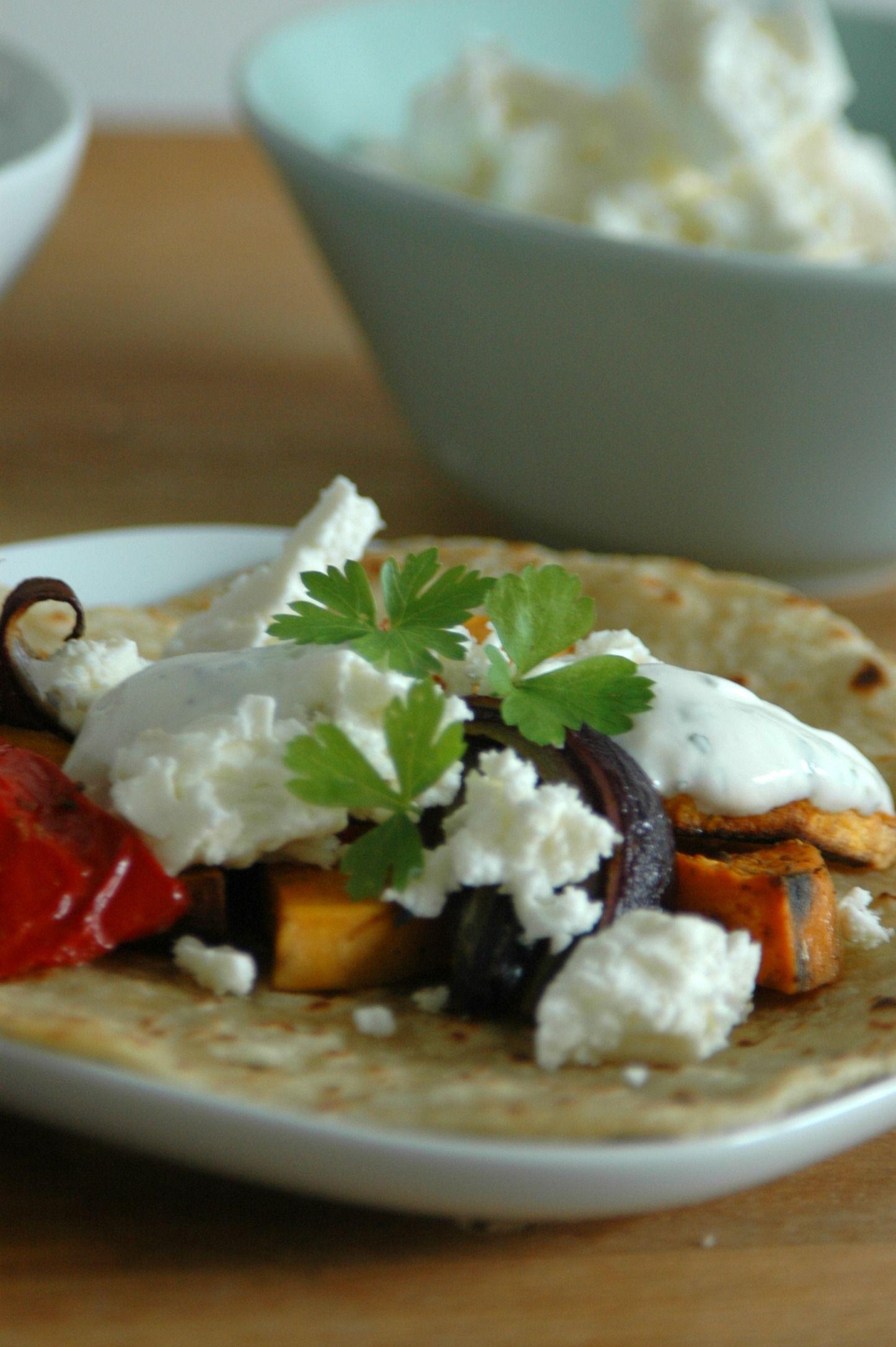 Wraps met geroosterde groente en feta (4 personen met restje groente)
