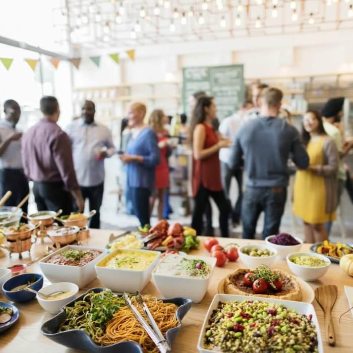 Makkelijk eten voor veel mensen: 5 lekkere ideeën