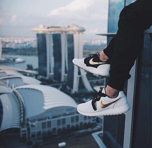 Nike roshe one t