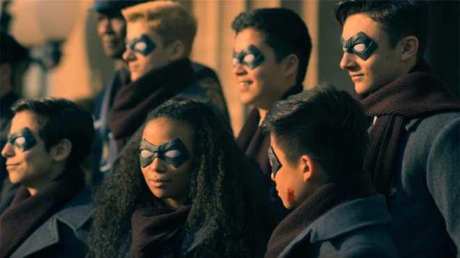Netflix'ten Yeni Süper Kahraman Dizisi: The Umbrella Academy