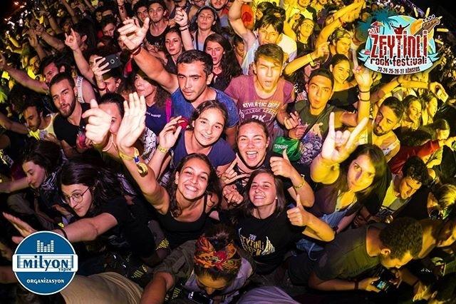 En Eğlenceli Festivaller Zeytinli Rock Festivali