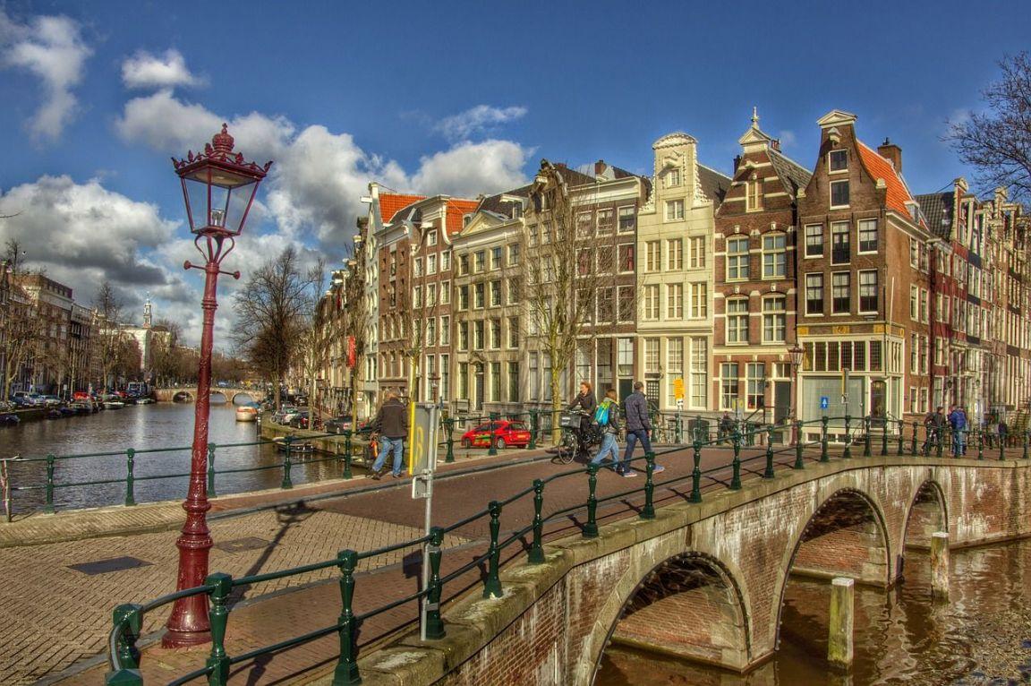 Hollanda'da Yaşamak İstiyorsan Aşk Testini Geçmelisin!