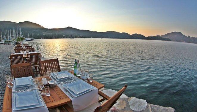 Ege'nin Cennet Köşesinden Bir Tatil Seçeneği: Selimiye Köyü
