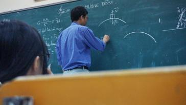 Öğretmenler Yazın Üç Ay Tatil Mi Yapıyor?