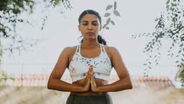 Basit Ve Etkili: Yüz Yogası