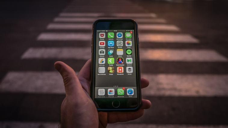 Akıllı Telefonlarımız Birer Casus Mu?
