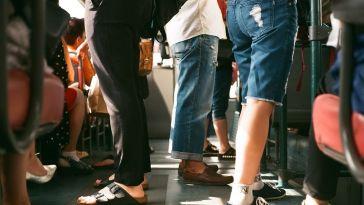 Toplu Taşımayı Kullanırken Hayatta Kalmanın 7 Yolu
