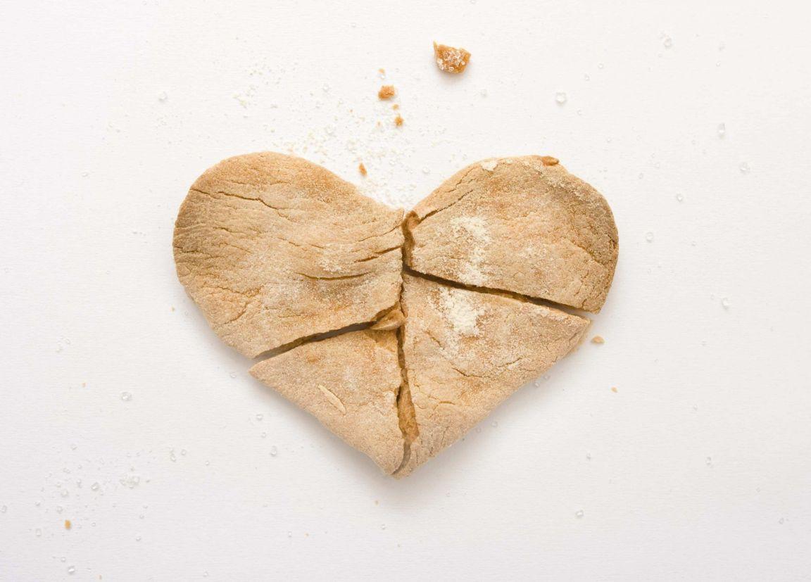 Her Kalbin Vardır Kırıldığı Bir Yeri
