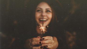 Küçük Şeylerle Mutlu Olmayı Öğrenin