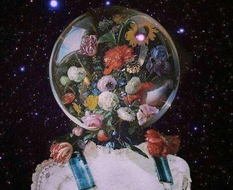 """""""Elbettle Bazen Çiçek Açıp Bazen Solacağım..."""""""