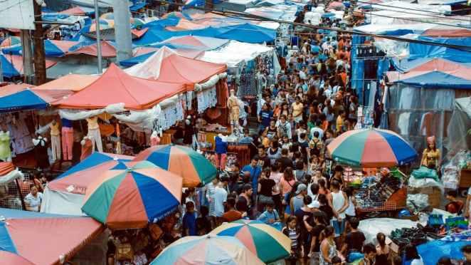 İstanbul Bit Pazarları Rehberi: Her Şeyi En Ucuza Alın!