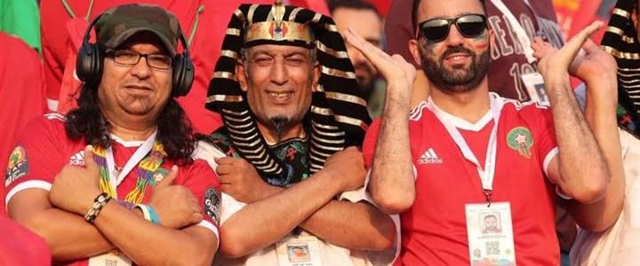 لافتة رائعة من جماهير المغرب إلى مصر فى أمم إفريقيا