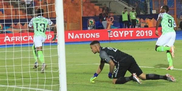 منتخب نيجيريا يُذيق جنوب إفريقيا هزيمة قاتلة ويتأهل لنصف نهائي أمم إفريقيا