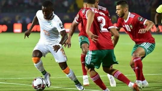 """""""كاف"""" يختار لاعبا مغربيا في التشكيلة المثالية لدور ثمن كاس امم افريقيا"""