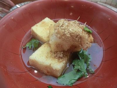 なかなか凝った揚げ出し豆腐