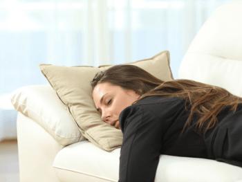 Week 7 Pregnancy Symptoms, Baby Belly, & Tips
