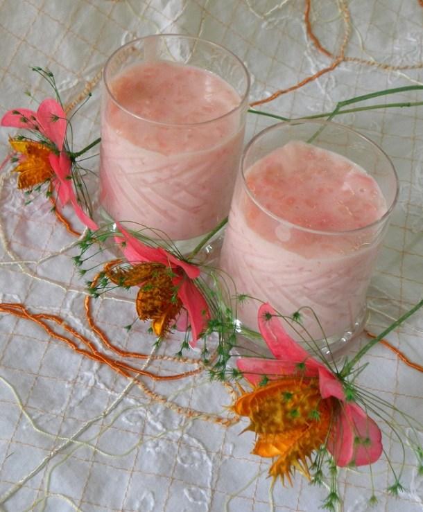 ρυζόγαλο ροζ με τριαντάφυλλο εικόνα